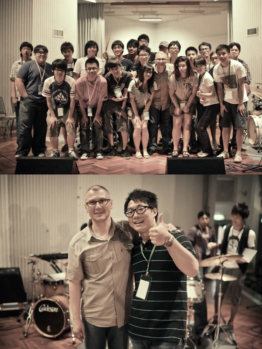 vincent & Students in Taiwan